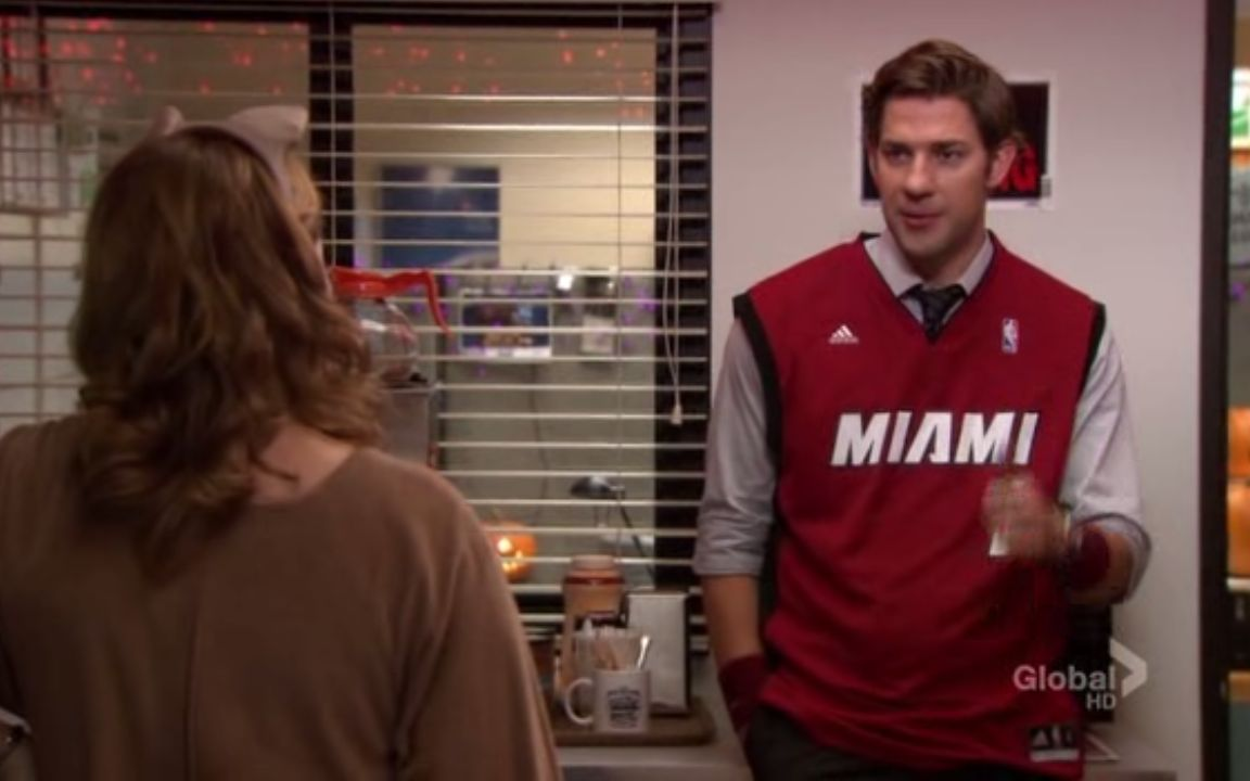 Jim tries to talk Pam into a rational explanation