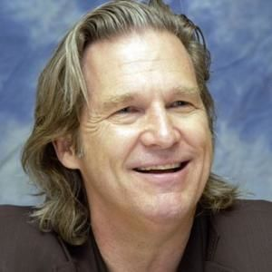 Jeff Bridges, smiling and friendly